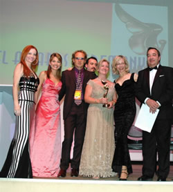 Stage_Phoebe_Vanessa Dean Christophe Gabrielle and Angel_Rosana Owen MIFF 2005 Angel Awards