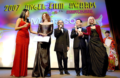 from left Dame De Honour, Rachel Ritfeld, President of Jury, Diane Louise Salinger,Dean Bentley & Rosana Golden Director, Organizers, Dir. Hideki Wada, Best Film Cinderella Formula, Japan, Actress Writer Keiko Kobayashi, Winner of 5 nominations Jun-Ai (True Love) Japan
